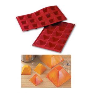 Item # SF008 - Sil. Bakvorm Piramides - 36 x 36 h 22 mm - 1 st