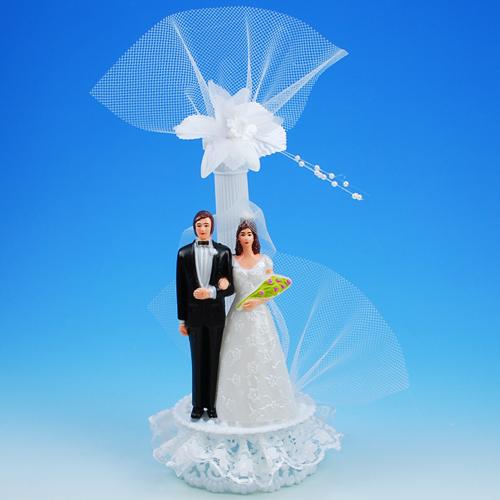 Bruidspaar Kunststof B op voetje met Pilaar