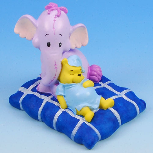 item # 310077 - Slapende Winnie de Pooh & Lollifant